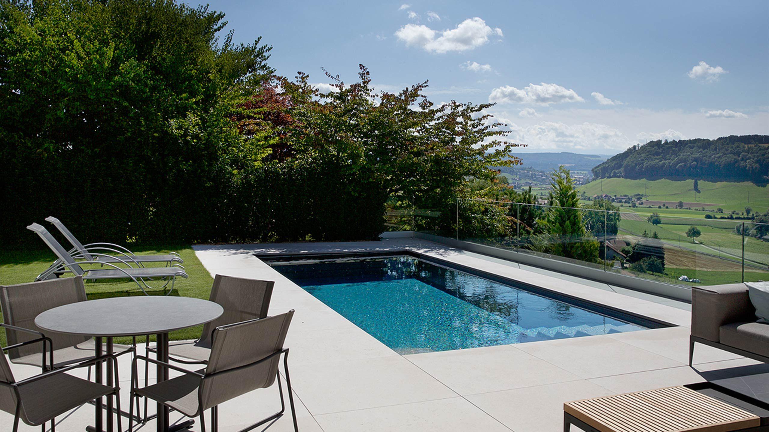 Gartendesign Mit Pool Schwimmbad Und Weitblick