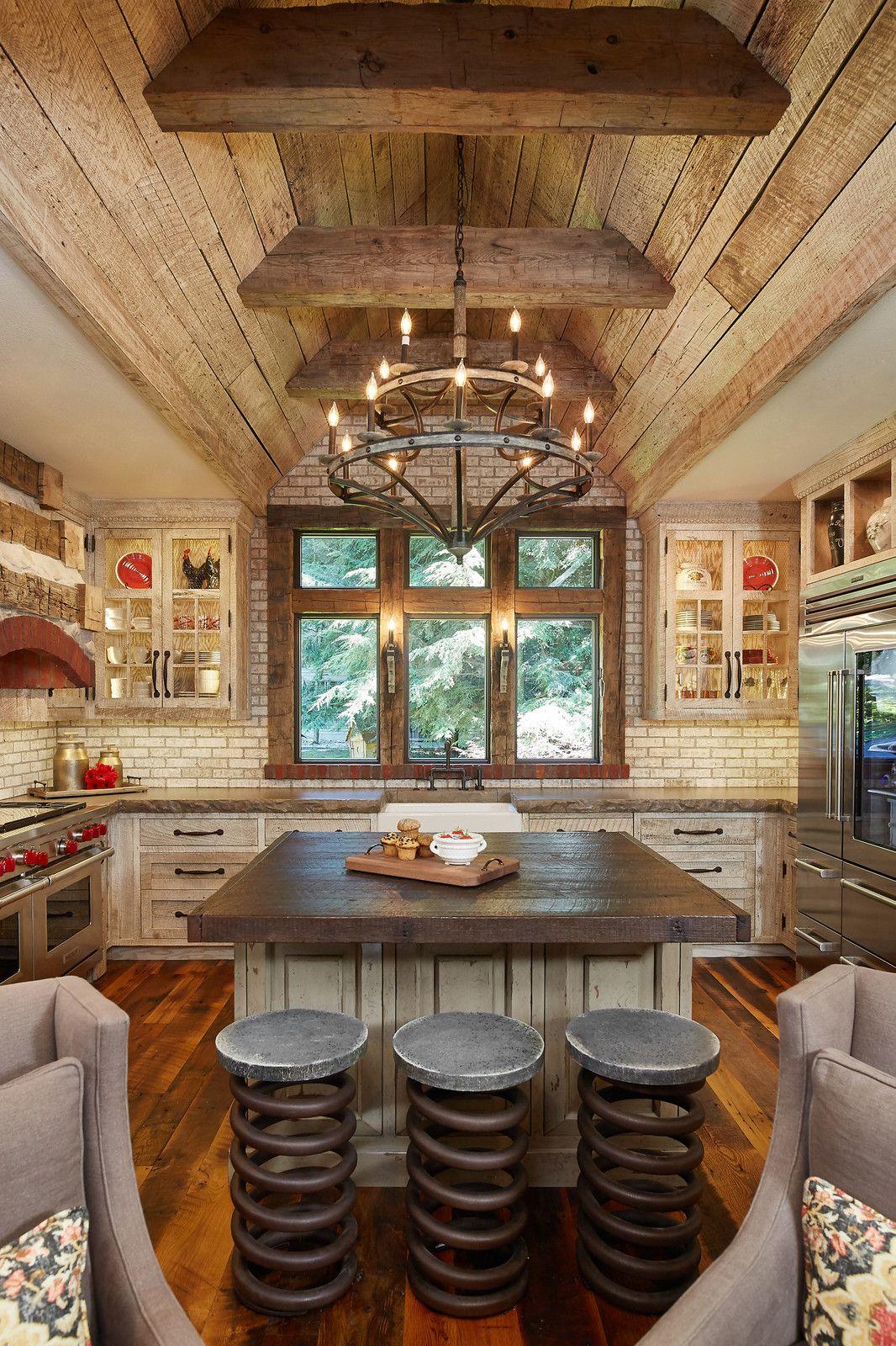 Mid Sized Mountain Style U Shaped Medium Tone Wood Floor