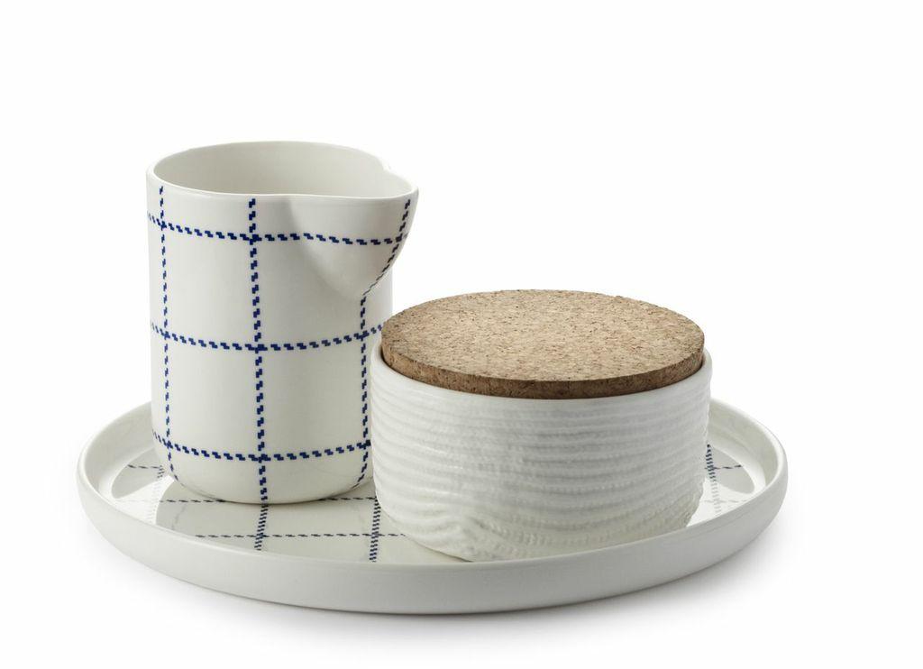 MorMor ceramic set designed by Gry Fager  for Normann Copenhagen. #introdesign #ceramics #accessories #tablewear #mormor #corkaccessories #normanncopenhagen