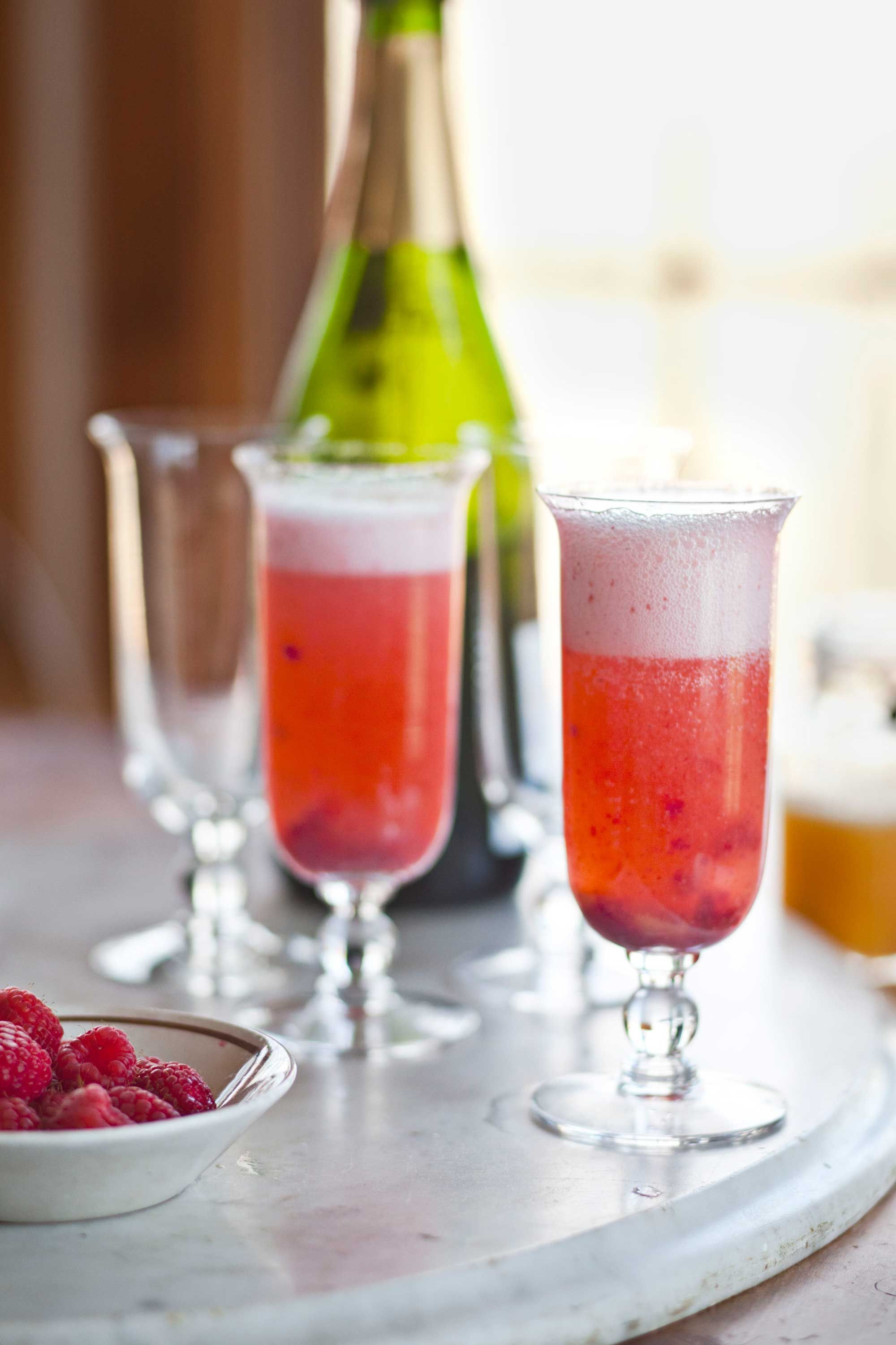 Refreshing Summer Drinks To Relax With On A Hot Sunny Day Summer Drink Recipes Brunch Menu Brunch Recipes