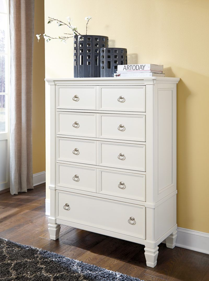 Neuilly Les Meubles Zip International In 2020 Shabby Chic Dresser White Chest Of Drawers White Chests
