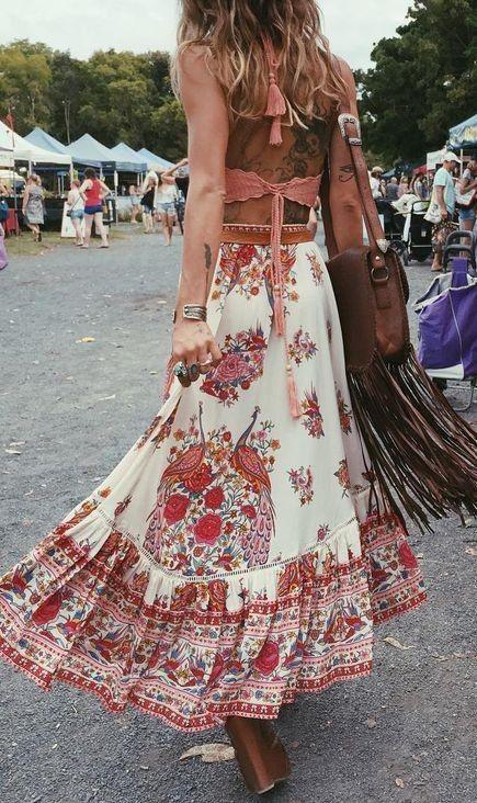 ca94f67893 #spellandthegypsycollective #boho #outfits | Coral Top + Floral Maxi Skirt