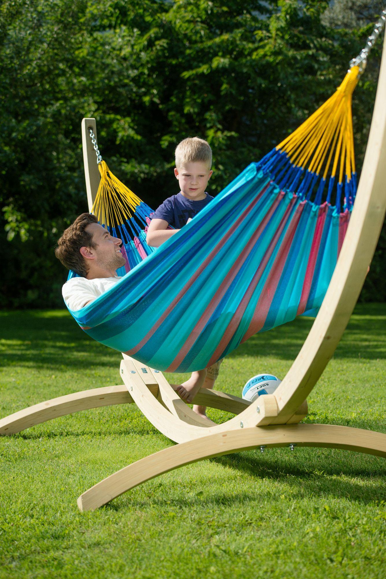 Single tree hammock stand