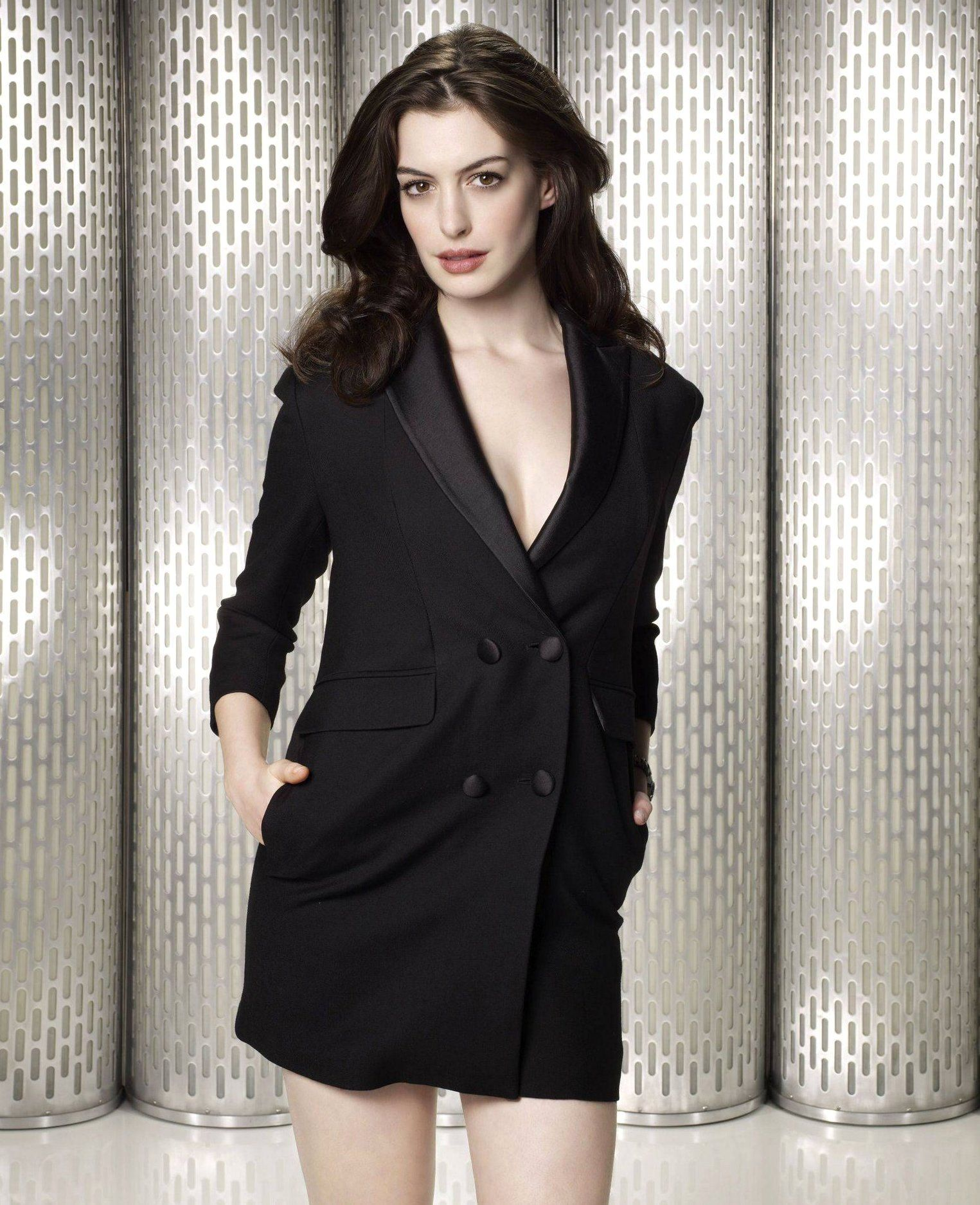Anne Hathaway Get Smart: Pin By Jonathan Hampe On Anne Hathaway Gorgeous