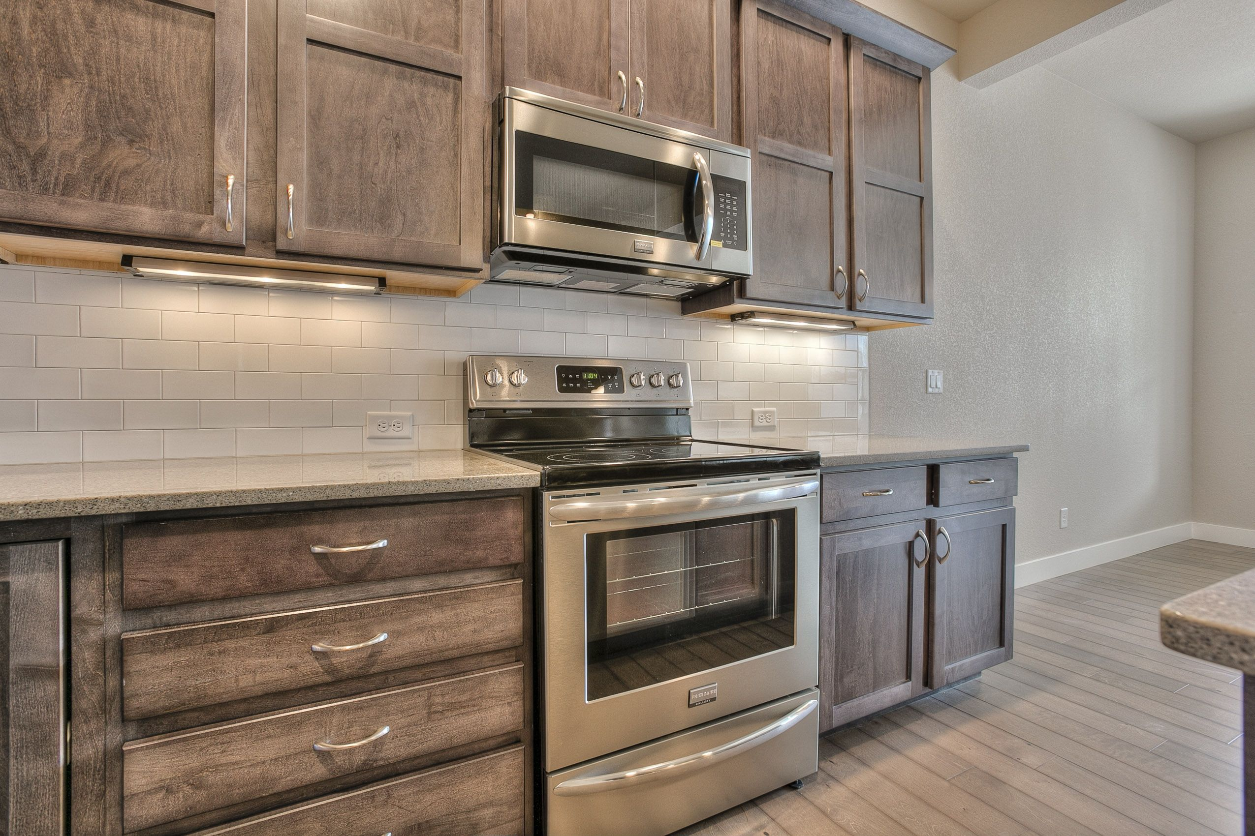 Kitchen | Bathrooms | Graphite Maple Shaker Cabinets ...