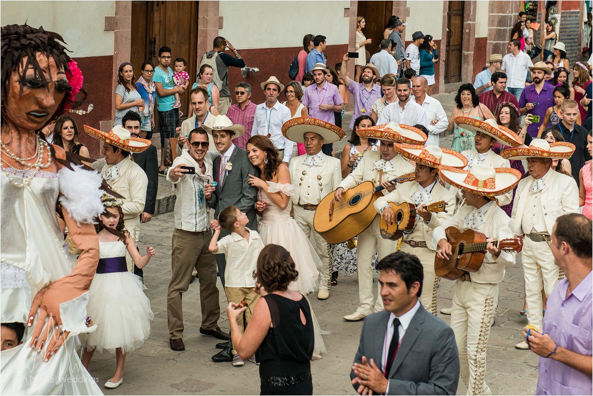 Isabelle and Constant's #weddingmarch or #callejoneada in #sanmigueldeallende #sanmiguelweddings