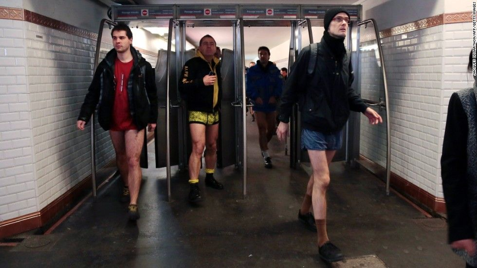 People shed pants for No Pants Subway Ride   Tempo - The