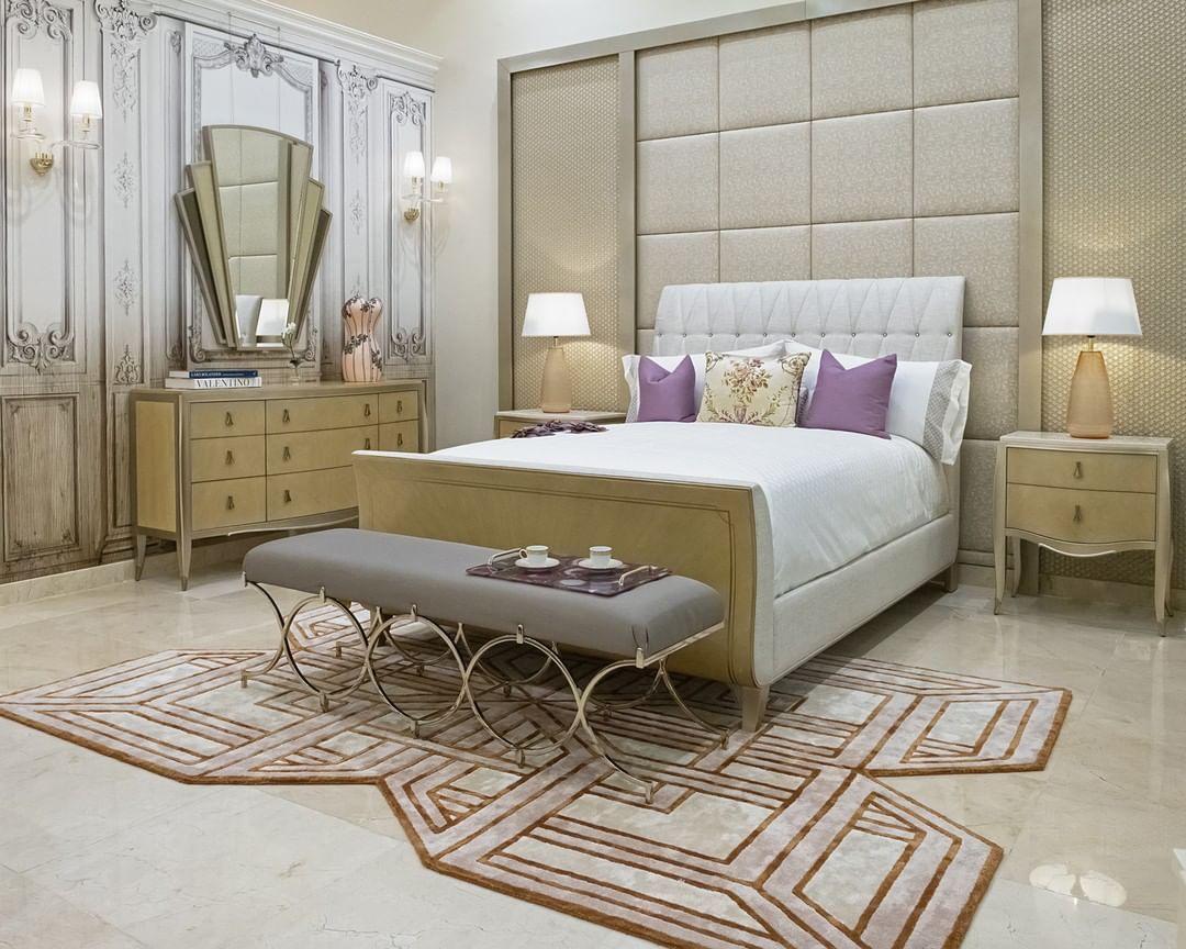 Caracole Qatar On Instagram كاراكول يجلب روعة الأثاث الأمريكي التقليدي رفاعة المستوى البراعة و الرقة مبنية في الأثاث Caracole B Furniture Room Decor Room