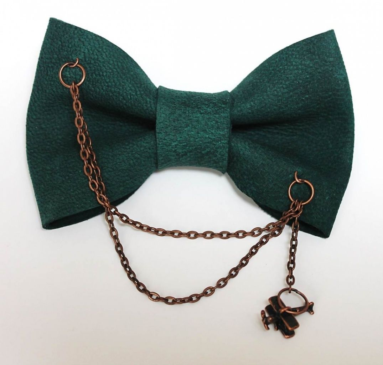 NEW Handmade Vintage style Bow tie 70`s Floral Black//Gold Wedding Bowtie OOAK