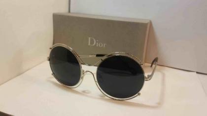 للبيع نظارات ديور في جدة مع توصيل لجميع الأماكن Round Sunglasses Dior Detail