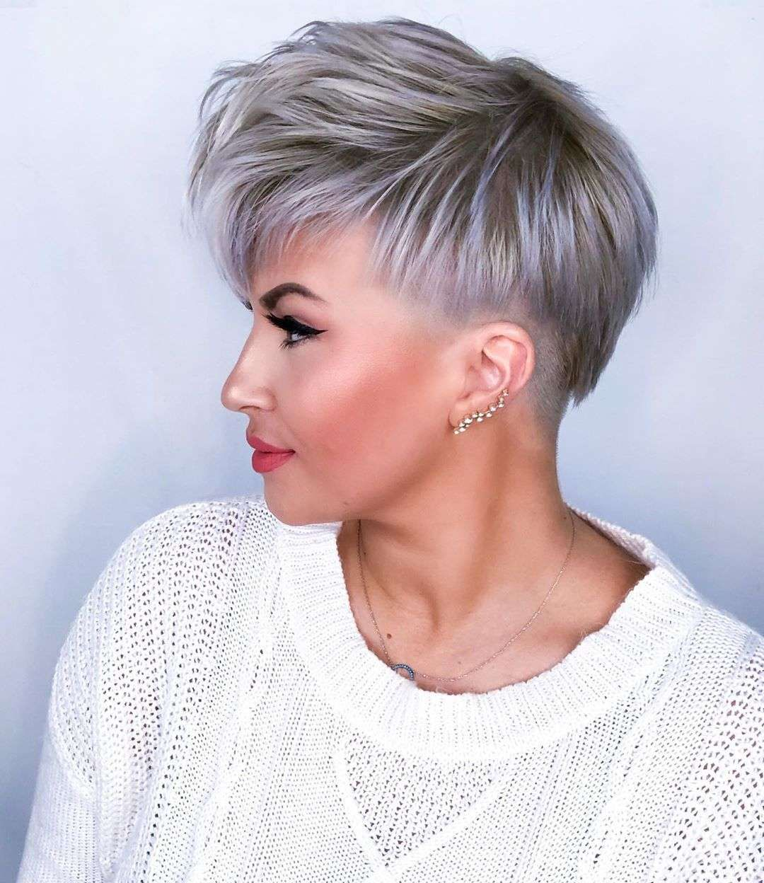 Short Hairstyle Models The Indispensable Of Modern Appearance Short Hair Styles Short Hair Undercut Undercut Hairstyles