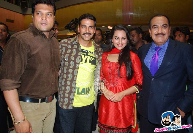 CID: CID Team with Rowdy Rathore Cast.