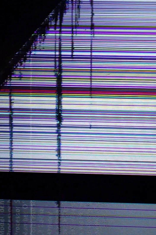 Broken Screen Wallpaper 4k Di 2020 Kertas Dinding Seni Stiker