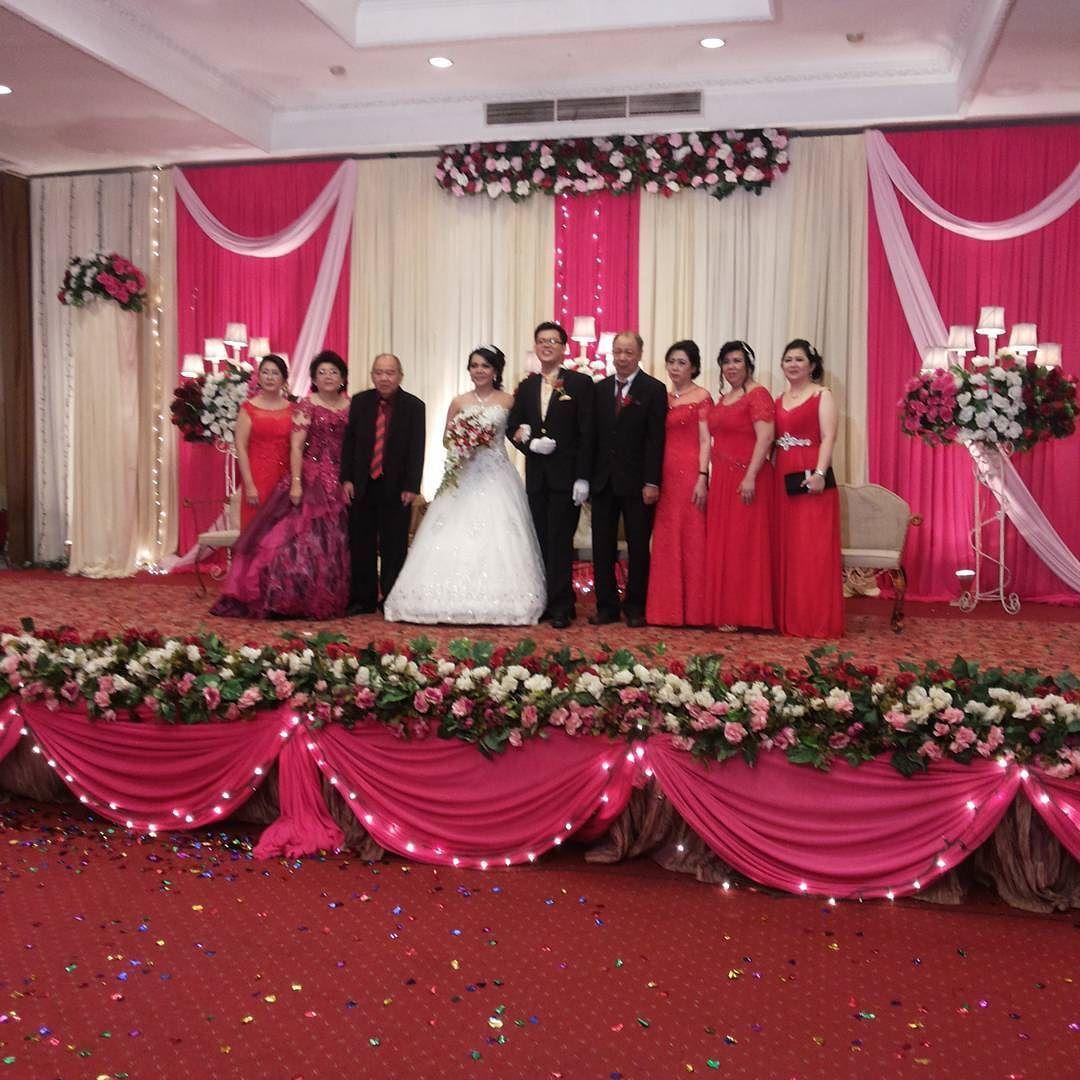 Wedding pernikahan nikah resepsi akadnikah pemberkatan wedding pernikahan nikah resepsi akadnikah pemberkatan holymatrimony weddingku junglespirit Gallery