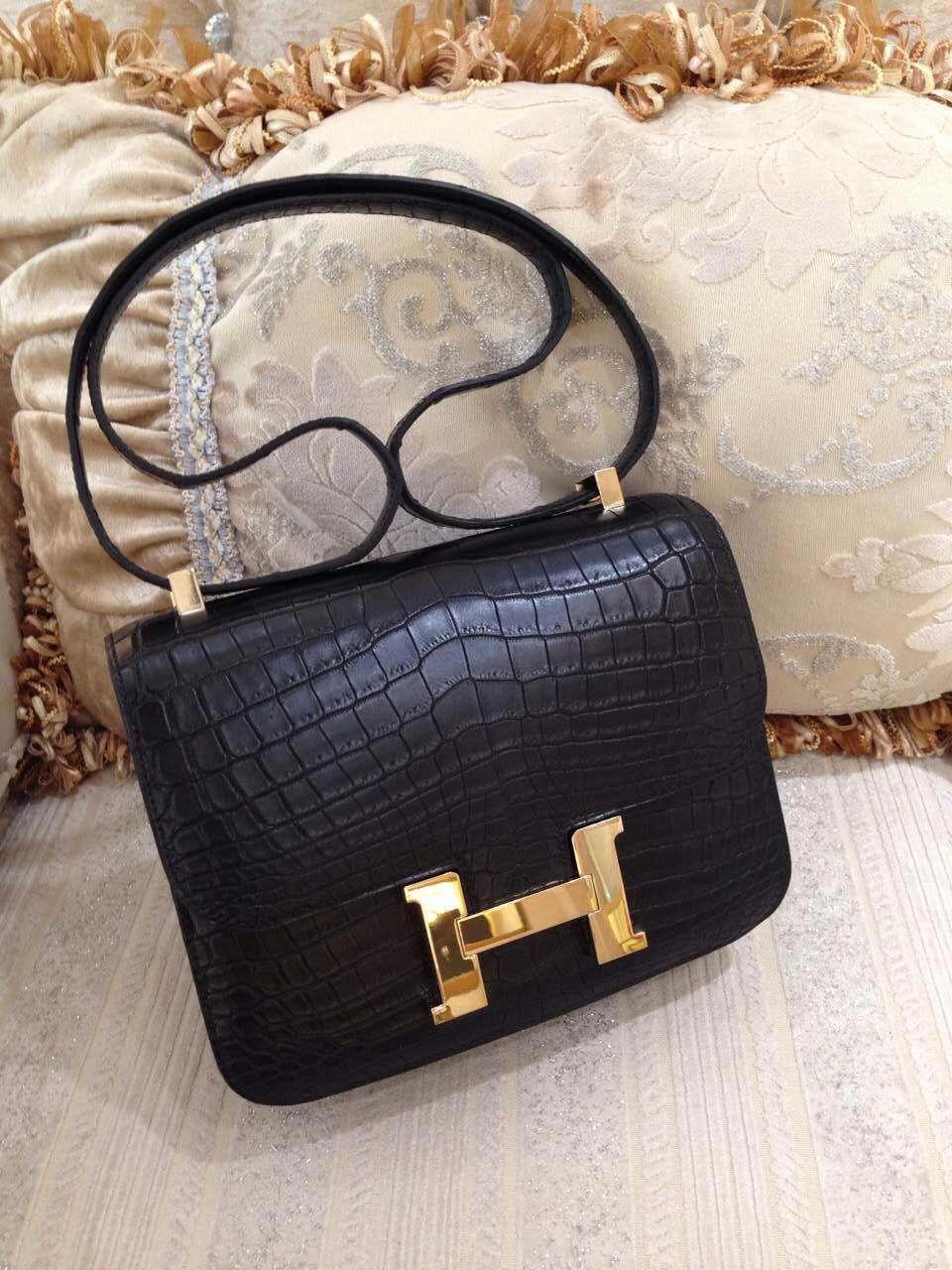 763b413e38 Hermes Constance 24CM Matte Niloticus Crocodile 89 R Engraved Stamped, Noir  Black - Sacs de Créateur #Designerhandbags #Hermeshandbags
