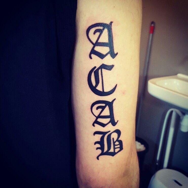 Adaugă Pin Pe Tattoo Design