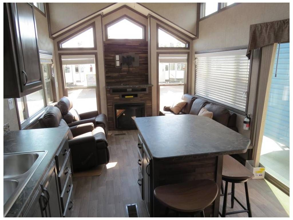 Check Out This 2018 Kropf Island Series 5065 Listing In West Fargo Nd 58078 On Rvtrader Com It Is A Park Model And Is For Sale At 67950