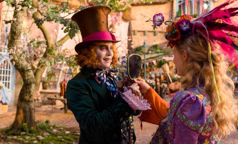 Alice Através do Espelho.