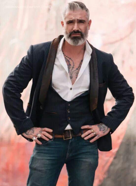 Pin De Ramiro Najera En Hombres Hermosos En 2018 Pinterest Moda - Moda-para-hombres-maduros