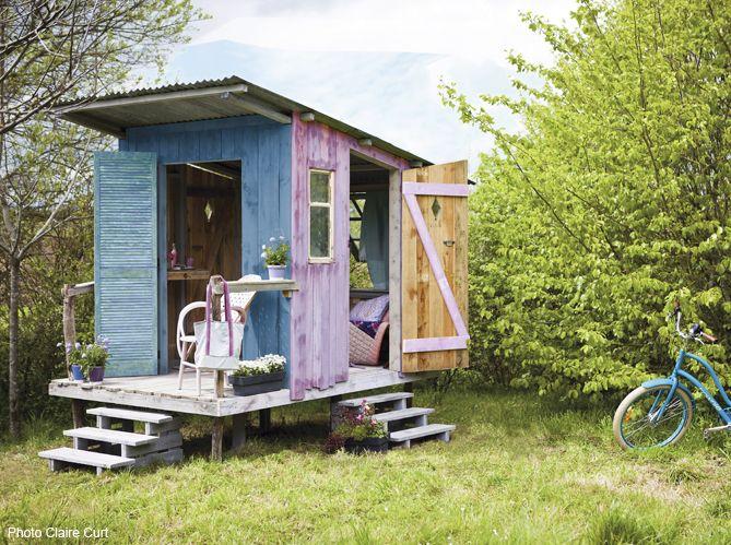 construire une jolie cabane de jardin gardens tiny houses and backyard. Black Bedroom Furniture Sets. Home Design Ideas