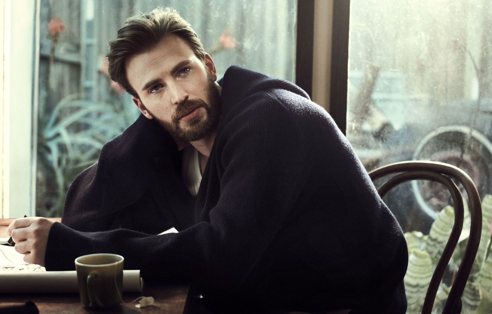 5 Photos From Our Chris Evans Cover Shoot Chris Evans Chris Evans Shirtless Chris Evans Beard
