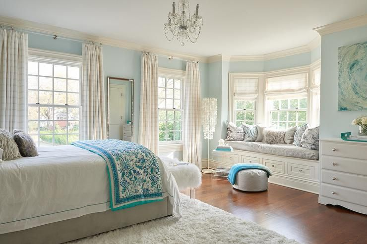 Gray And Blue Girl S Room Blue Girls Rooms Bedroom Layouts