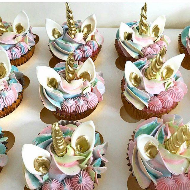 hi my cakelovers vanilla unicorn cupcake by lottieandbelle pastel cotton unicorn. Black Bedroom Furniture Sets. Home Design Ideas