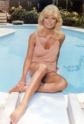 Toes loni anderson