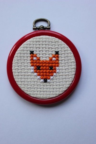Photo of Fox embroidery hoop with cross stitch embroidery picture from Mamaglück on DaWanda.com