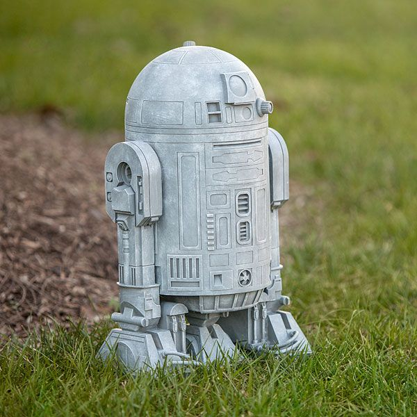 Since This Star Wars R2 D2 Lawn Ornament Looks Like Itu0027s Made From Concrete,