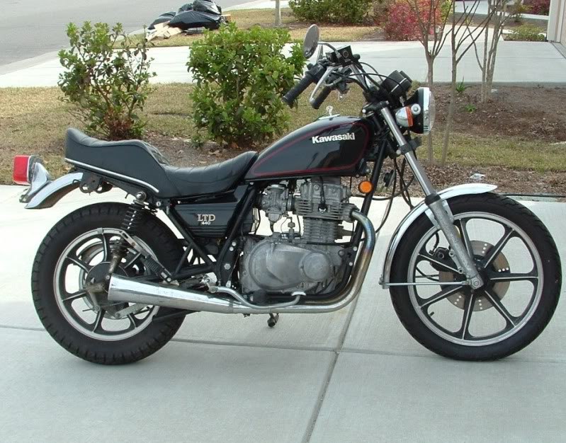 Pin By Pieta Van Den Heever On Kawa 440 Ltd Classic Motorcycles Classic Bikes Norton Motorcycle