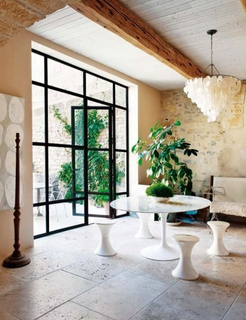 interior decorating tips: 10 interiores con puertas de cristal y ...