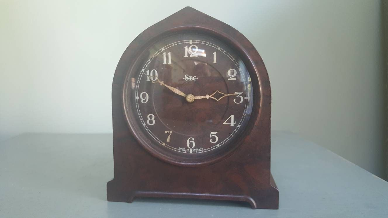 Art Deco Bakelite Clock Smiths Small Mechanical Mantel Clock 1930s Clock Made In England Vintage Clock Mantel Clock Clock Vintage Clock