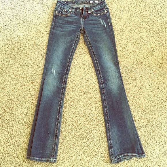 Fit and flare Miss Me! These are fit and flare Miss Me jeans lightly warn! Miss Me Jeans Flare & Wide Leg