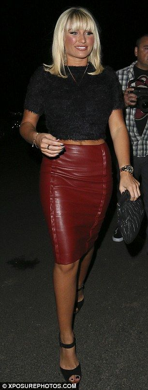 Billie Faiers struts her stuff in sexy scarlet pencil skirt on girls'  night out.  MailOnline