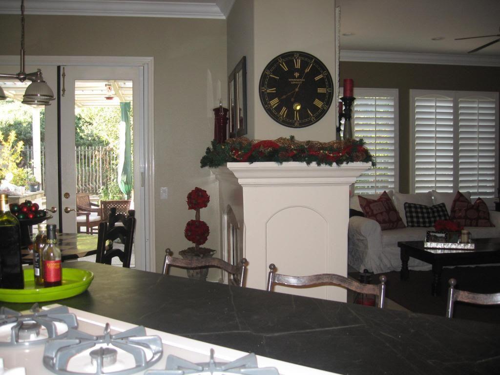 Sag harbor gray bm in kitchen jamesboro gold in family room