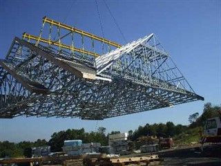 Long-Span Metal Truss Installation: Safely and securely install 60-foot-plus, long-span metal trusses #longspan #metaltrusses #metalconstructionnews