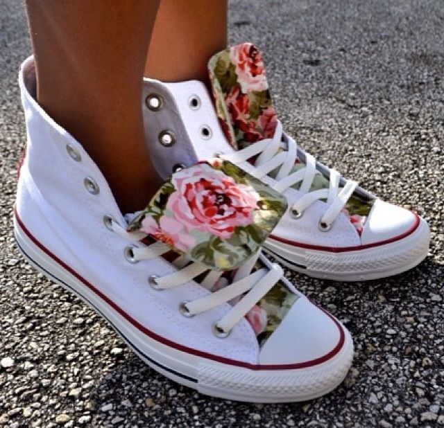 Beautiful Pop of floral