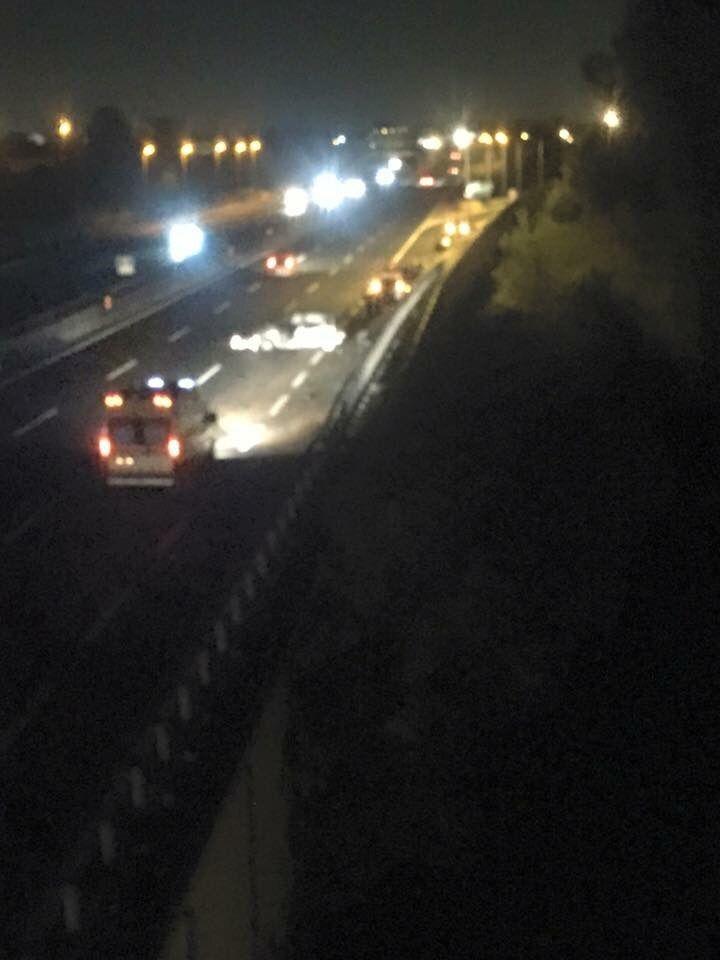 ESCLUSIVA. Spaventoso incidente sull'autostrada a pochi metri dall'uscita CASERTA NORD a cura di Enzo Santoro - http://www.vivicasagiove.it/notizie/esclusiva-spaventoso-incidente-sullautostrada-a-pochi-metri-dalluscita-caserta-nord/