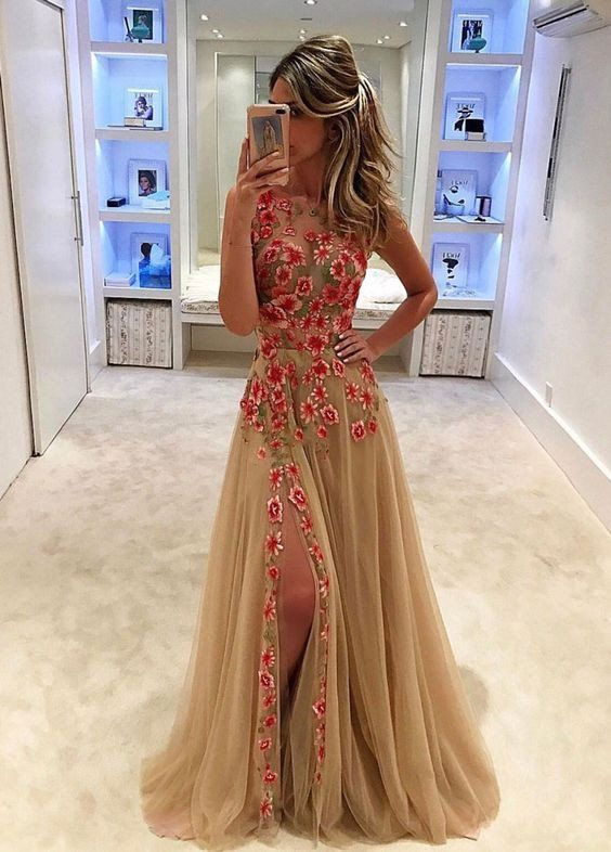 1fc473b7ba0 Unique Champagne Tulle Applique Long with Slit Sleeveless Floor ...