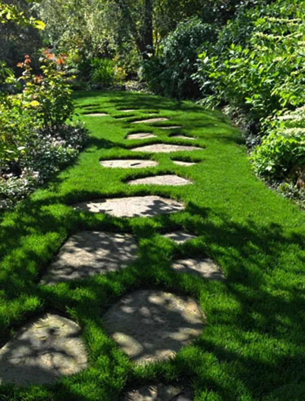 gartenweg gestaltung trittsteine rasen chaotisch Garten