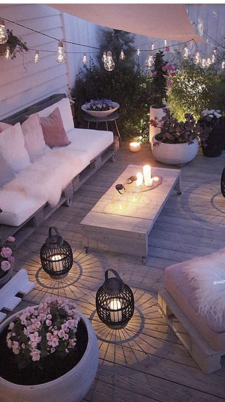 Was Fur Ein Unterschied Gute Beleuchtung Macht Beleuchtung Macht Unterschi Io Net Dekor Bel In 2020 Diy Garden Furniture Backyard Patio
