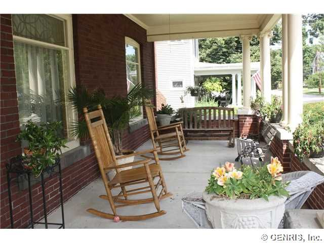 39 Dunning Ave, Webster, NY 14580