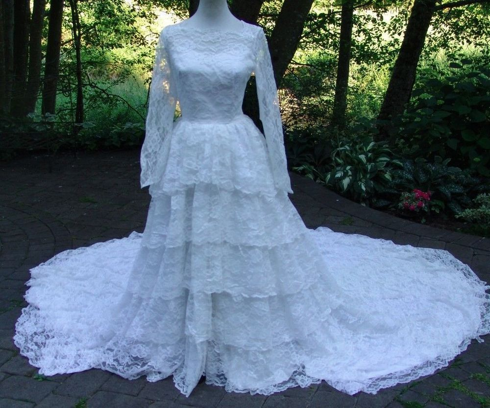 VTG 60s Bridal Originals 9 Tiered White Lace Tulle Train Wedding ...