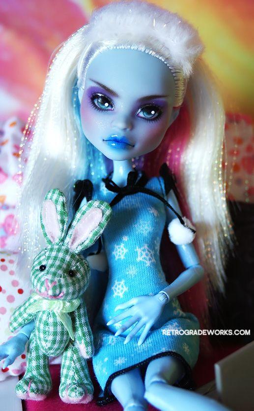 Retrograde OOAK Monster High Abbey Repaint 'Mirra' | eBay