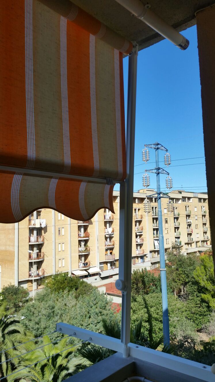 tenda a caduta per terrazzo condominiale | Tende da sole | Pinterest