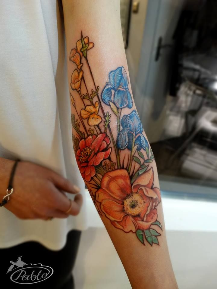 yes i m finally inked colored flower
