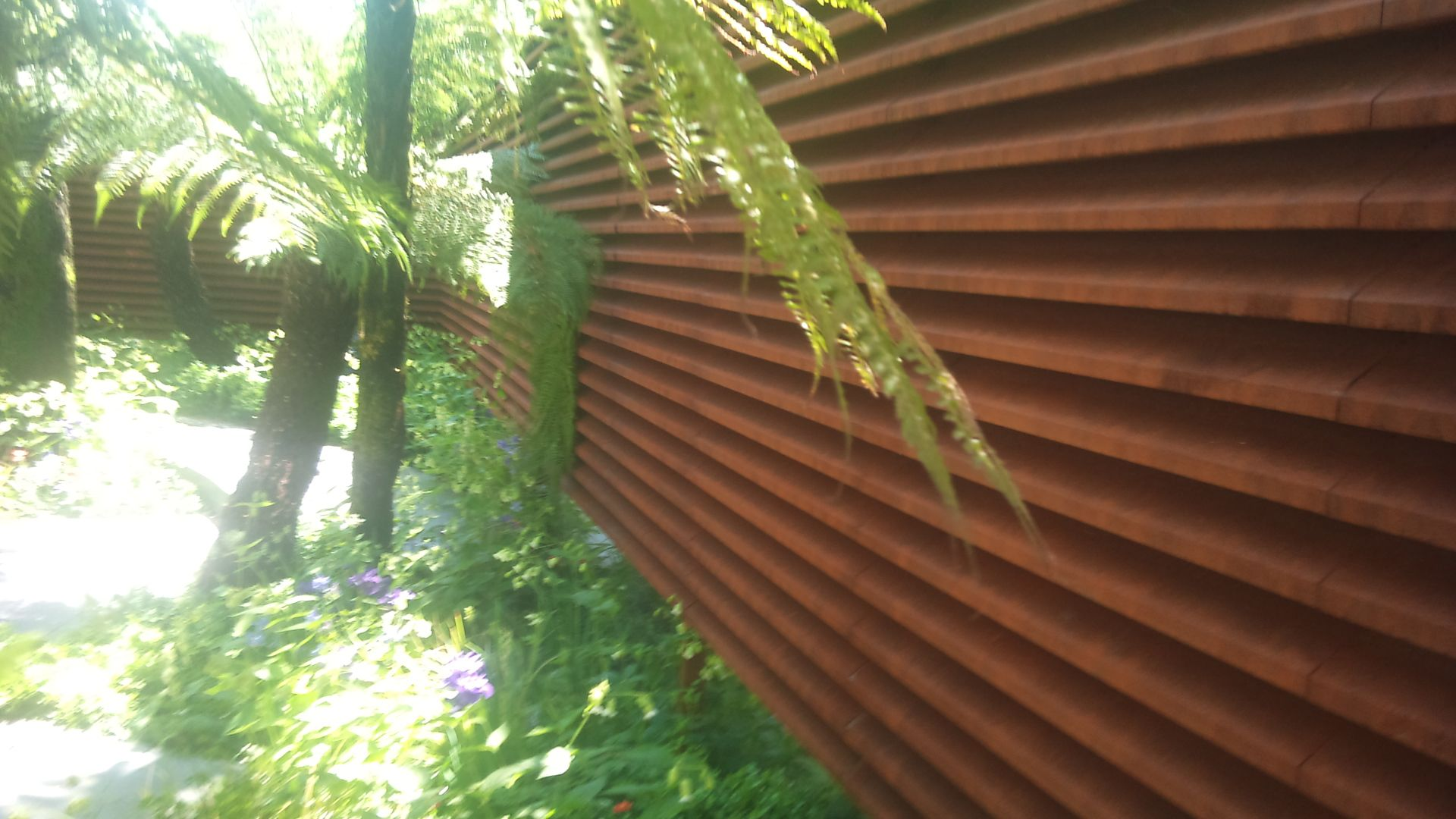 Corten Steel | Garden Design Eye | Houses - Exteriors Fencing Gates ...
