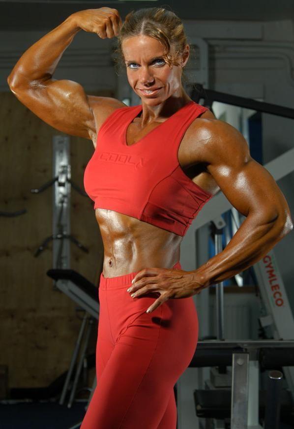 Sex thu petra bodybuilder bodybuild milf