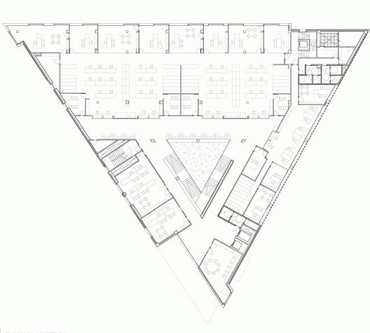 Triangle plot house plan